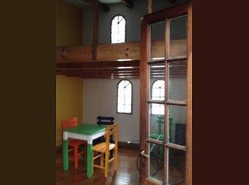 Habitación de 2 plantas (tipo mini Loft) en PH