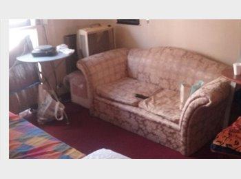 CompartoDepto AR - Habitacion,baño y kitchen, priv.1persona Congreso - Balvanera, Capital Federal - AR$ 4.500 por mes