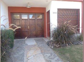 CompartoDepto AR - Alquiler de habitación - Cerro de las Rosas, Córdoba Capital - AR$ 2.000 por mes