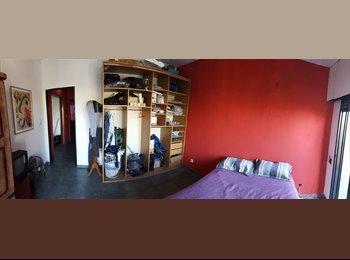 CompartoDepto AR - Alquilo una habitacion en CASEROS - Hurlingham, Gran Buenos Aires Zona Oeste - AR$ 2.000 por mes