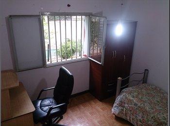 alquilo habitación individual en dpto de famila