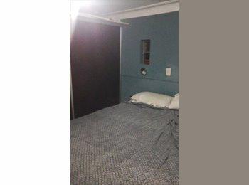 CompartoDepto AR - Habitacion individual amueblada  con baño en suite. - Balvanera, Capital Federal - AR$ 4.000 por mes