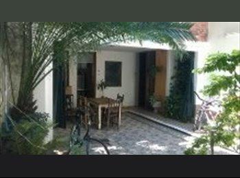 CompartoDepto AR - Habitacion en una casa, zona centro - Rosario Centro, Rosario - AR$ 2.500 por mes