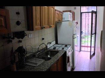 CompartoDepto AR - Alquilo habitacion con patio - Nueva Córdoba, Córdoba Capital - AR$ 3.000 por mes
