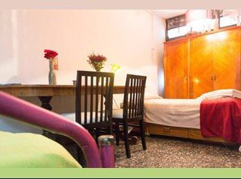 CompartoDepto AR - Cuarto estudio en barrio residencial a pasos del centro!, Mendoza Capital - AR$ 4.500 por mes