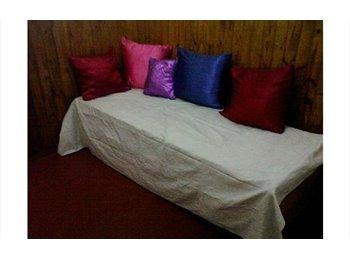 CompartoDepto AR - Alquilo habitacion a señora sola o señorita estudiante, Buenos Aires - AR$ 4.500 por mes