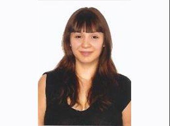 Laura - 26 - Estudiante
