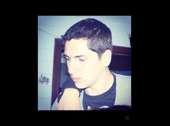 Luis  - 21 - Estudiante