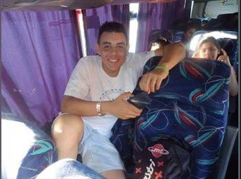 Juan   - 18 - Estudiante