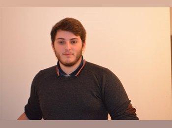 Fabien   - 21 - Estudiante