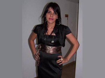 Paola - 24 - Estudiante