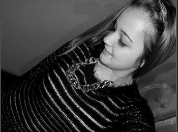 yamila - 19 - Estudiante