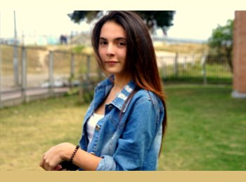 Laura - 18 - Estudiante
