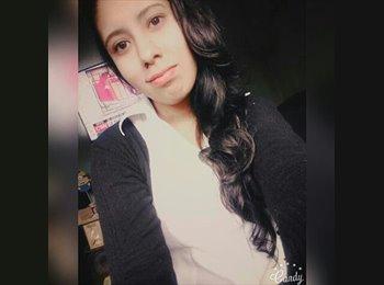 Jenifer Morales - 19 - Estudiante