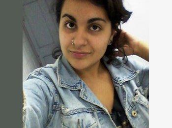 Rebeca Ahum - 23 - Estudiante