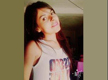 Gabriela - 20 - Estudiante