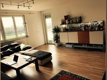 EasyWG AT - Zimmer in geraeumiger, schoener 4er WG in Linz Urfahr (Naehe JKU), Linz - 390 € pm