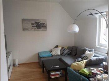 Sonniges 15m² Zimmer in heller, neuer Dachgeschosswohnung