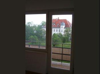 EasyWG AT - 15m² Zimmer in neugegründeter 3er-WG - Innenstadt, Graz - 279 € pm