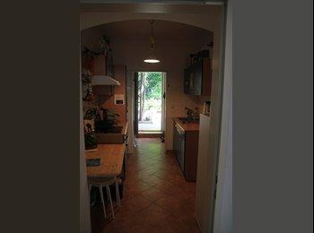 EasyWG AT - WG-Zimmer mit eigenem Garten im 17ten - Wien 17. Bezirk (Hernals), Wien - 360 € pm