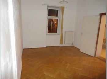 EasyWG AT - Helles, ruhiges Zimmer in 3-er WG - Innenstadt, Graz - 310 € pm