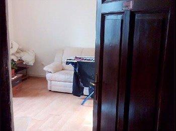 EasyWG AT - Biete ein Zimmer in Ruhiger Lage - Innenstadt, Graz - 360 € pm