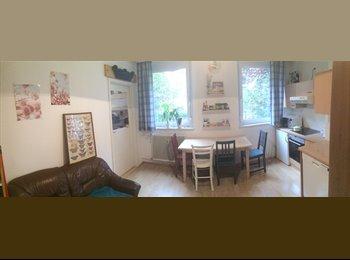 EasyWG AT - 12m² Zimmer in netter 2er WG, Lage optimal für Studenten - Innenstadt, Graz - 350 € pm