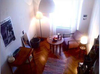 EasyWG AT - Helles Altbau Zimmer in 4er Mädls- Wg - Innenstadt, Graz - 250 € pm