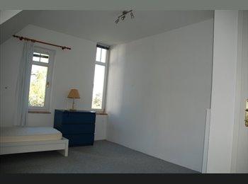 EasyWG AT - 16m2 Zimmer in Villenetage - innenstadt, Graz - 270 € pm