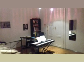 EasyWG AT - Zimmer in 4er - WG ab Dezember, Graz - 355 € pm