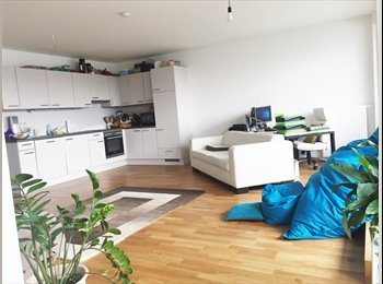 EasyWG AT - Dachgeschoss Zimmer in luxuriöser Maisonetten WG, Wien - 545 € pm