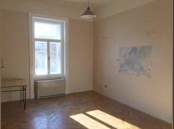 Zentrales, helles und ruhiges 25m² Zimmer, direkt neben der...