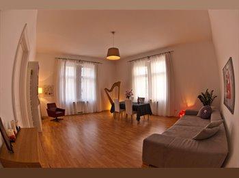 EasyWG AT - schönes, geräumiges Zimmer in 2er WG , Wien - 550 € pm