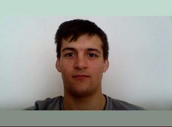 Luca  - 20 - Student