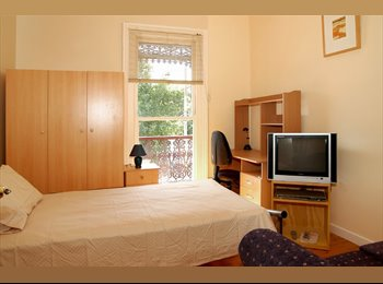 EasyRoommate AU - Short Term Stays - Fully Furnished Guest House - City Fringe, Parkville - $325 pw
