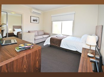 Fully Furnished - All Bills Included -  CBD Fringe