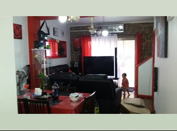 EasyRoommate AU - Room for rent prefur full time student or worker - Maroochydore, Sunshine Coast - $150 pw