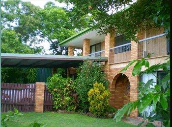 EasyRoommate AU - Modern Spacious home. - Middle Park, Brisbane - $140 pw