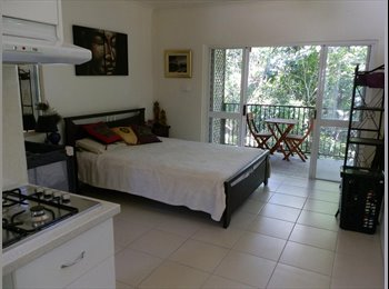 SELF CONTAINED STUDIO STYLE ROOM WITH ENSUITE.