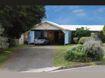 EasyRoommate AU - Ocean Grove room for rent. - Ocean Grove, Geelong - $250 pw