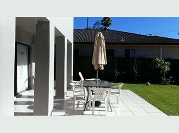 EasyRoommate AU - 1 Room / Share bathroom - Mooloolaba, Sunshine Coast - $180 pw