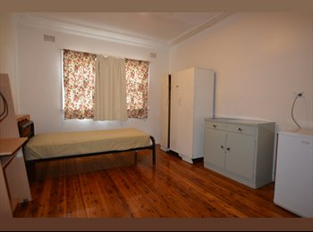 FURNISHED ROOM FOR RENT -CLSE TO SHOPS & TRAIN STN