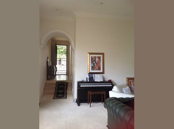 EasyRoommate AU - near city executive spacious home close to everything you could need, Walkerville - $200 pw