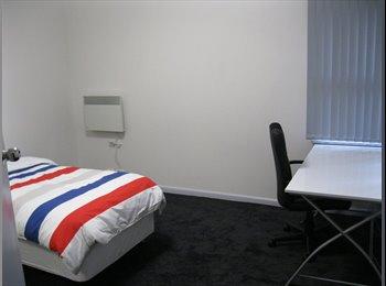 EasyRoommate AU - Rooms in Newtown - Newtown, Geelong - $180 pw