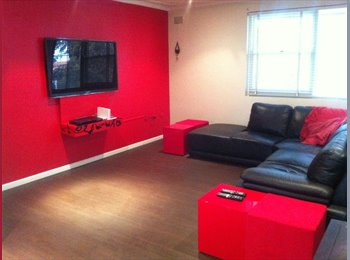 EasyRoommate AU - Looking for an easy going room mate - Caringbah South, Sydney - $200 pw