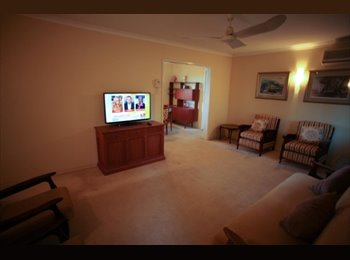 EasyRoommate AU - Single rooms; Scott Rd Herston; from $170 pw. - Herston, Brisbane - $175 pw