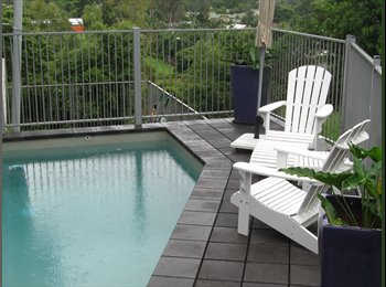 EasyRoommate AU - EXECUTIVE LIVING WITH VIEWS - Mooroobool, Cairns - $220 pw