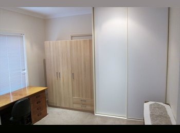 EasyRoommate AU - 3 Bedrooms  For Rent Very Close to Monash Clayton, Forest Hill - $100 pw