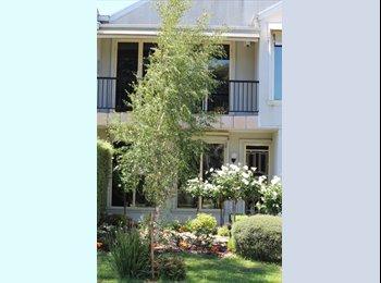 Luxury 2 storey home - CURRENT VACANCY