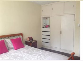 EasyRoommate AU - Southport Room for Rent - Southport, Gold Coast - $100 pw